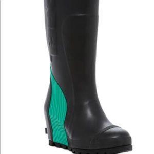 SOREL - Wedge Rain Boots S10